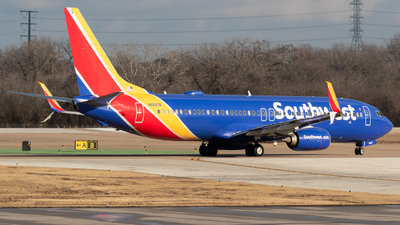 N8687A - Boeing 737-8H4 - Southwest Airlines