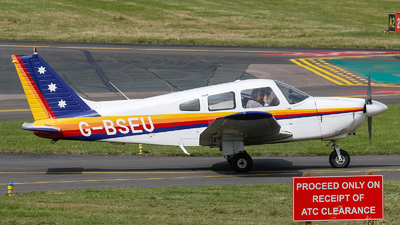 A picture of GBSEU - Piper PA28181 - [287890108] - © mark p