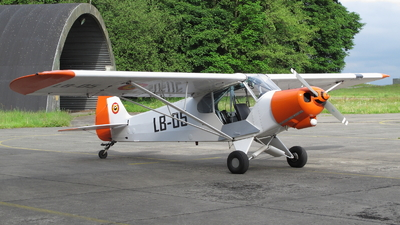 LB-05 - Piper L-21B Super Cub - Belgium - Air Force
