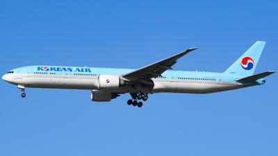 HL8007 - Boeing 777-3B5ER - Korean Air