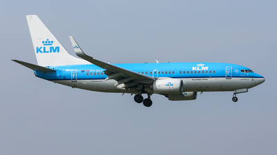 PH-BGT - Boeing 737-7K2 - KLM Royal Dutch Airlines
