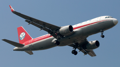B-1665 - Airbus A320-214 - Sichuan Airlines