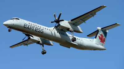 C-FSRY - Bombardier Dash 8-Q402 - Air Canada Express (Sky Regional Airlines)