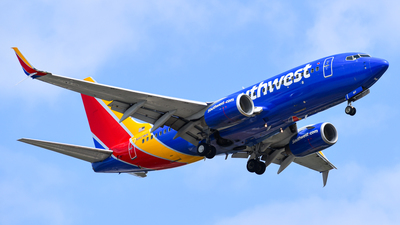N917WN - Boeing 737-7H4 - Southwest Airlines