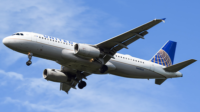 N408UA - Airbus A320-232 - United Airlines