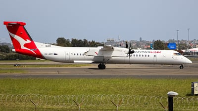 A picture of VHQOT - De Havilland Canada Dash 8400 - QantasLink - © YSSYplanespotter