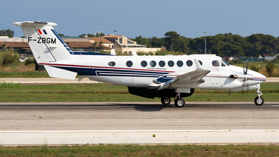 F-ZBGM - Beechcraft B300 King Air 350ER - France - Customs