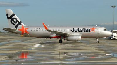 JA14JJ - Airbus A320-232 - Jetstar Japan Airlines