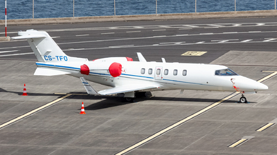 A picture of CSTFO - Learjet 40 - Omni Aviation - © Nelson Sousa