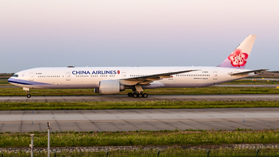 B-18052 - Boeing 777-36NER - China Airlines