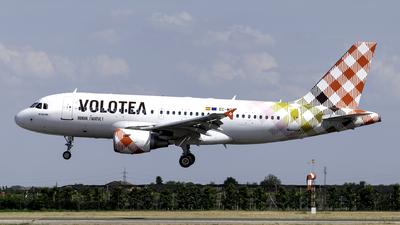EC-MTF - Airbus A319-112 - Volotea