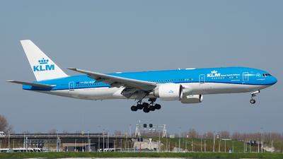A picture of PHBQD - Boeing 777206(ER) - KLM - © Finn van Espen