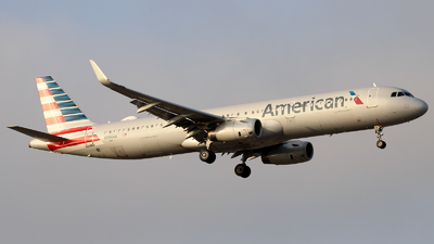 A picture of N906AA - Airbus A321231 - American Airlines - © Juan Manuel Temoche - SPJC Spotter