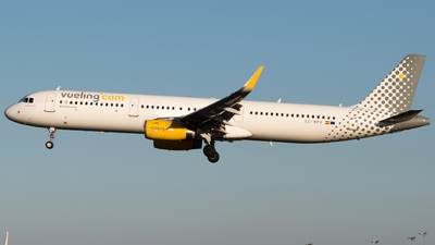 EC-MPV - Airbus A321-231 - Vueling Airlines