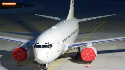 A picture of B5266 - Boeing 7377AK(BBJ) - [29866] - © jeremy denton