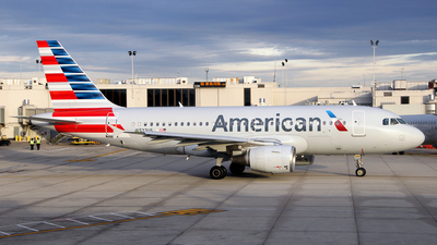 N722US - Airbus A319-112 - American Airlines