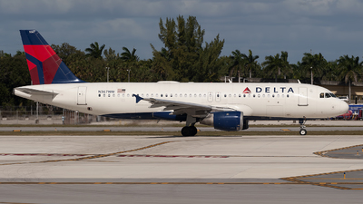 A picture of N367NW - Airbus A320212 - Delta Air Lines - © Mark Lawrence