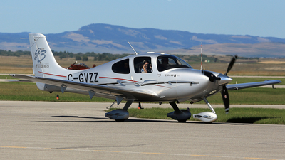 A picture of CGVZZ - Cirrus SR22 - [2630] - © Mike MacKinnon