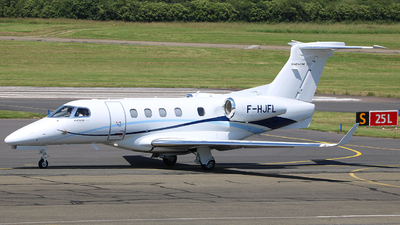 A picture of FHJFL - Embraer Phenom 300 - [50500442] - © Romain Roux
