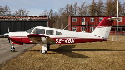 A picture of SEKBN - Piper PA28RT201 - [28R7918113] - © Hans-Goran Spritt