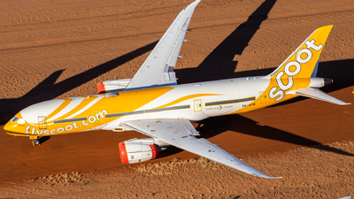A picture of 9VOFB - Boeing 7878 Dreamliner - Scoot - © TommyNG