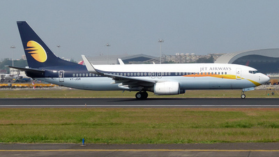 VT-JGR - Boeing 737-85R - Jet Airways