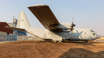 411 - Lockheed C-130F Hercules - South Africa - Air Force