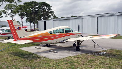 N6637Z - Beechcraft B24R Sierra 200 - Private
