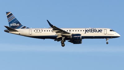 A picture of N249JB - Embraer E190AR - JetBlue Airways - © Jose R. Ortiz
