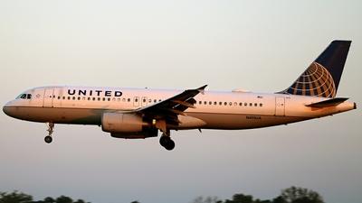 N415UA - Airbus A320-232 - United Airlines