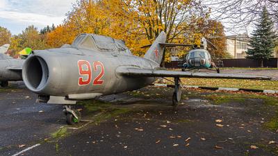 92 - Mikoyan-Gurevich MiG-15UTI Midget - Soviet Union - Air Force
