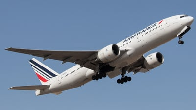 A picture of FGSPQ - Boeing 777228(ER) - Air France - © Kokee Rubilar