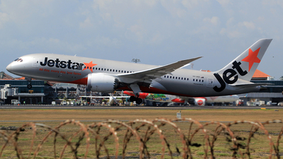A picture of VHVKB - Boeing 7878 Dreamliner - Jetstar Airways - © M. Raykahn Ariga