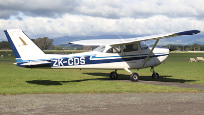 ZK-CDS - Cessna 172D Skyhawk - Private