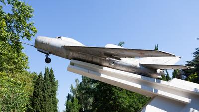 29 - Mikoyan-Gurevich MiG-19S Farmer C - Russia - Air Force