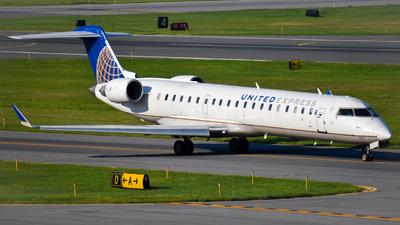 N795SK - Bombardier CRJ-701ER - United Express (SkyWest Airlines)