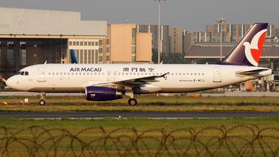 B-MCJ - Airbus A320-232 - Air Macau