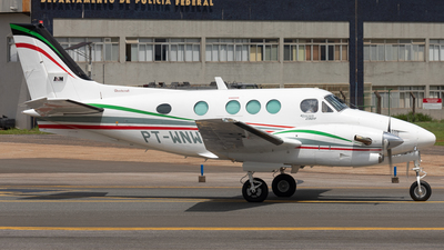 PT-WNW - Beechcraft C90A King Air - Private