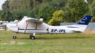 SP-IPL - Cessna 182T Skylane - Private
