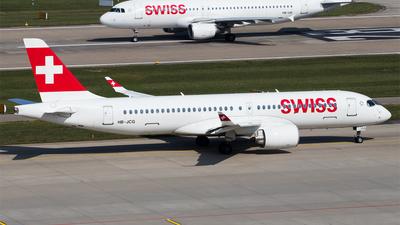 A picture of HBJCG - Airbus A220300 - Swiss - © Melanie Niedermeier