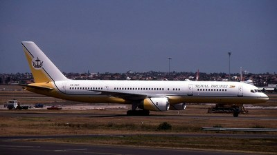 V8-RBC - Boeing 757-2M6 - Royal Brunei Airlines