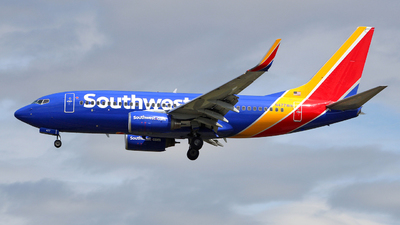 N477WN - Boeing 737-7H4 - Southwest Airlines