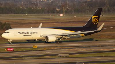 A picture of N306UP - Boeing 76734AF(ER) - UPS Airlines - © Wes B