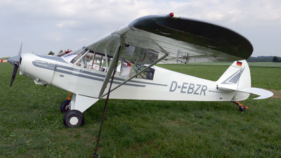 D-EBZR - Piper PA-18-135 Super Cub - Private
