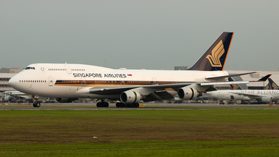 9V-SPC - Boeing 747-412 - Singapore Airlines