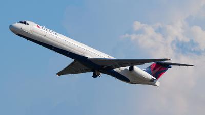 N961DL - McDonnell Douglas MD-88 - Delta Air Lines