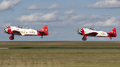 N7462C - North American AT-6G Texan - Aeroshell Aerobatic Team