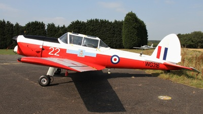G-BCAH - De Havilland Canada DHC-1 Chipmunk 22 - Private