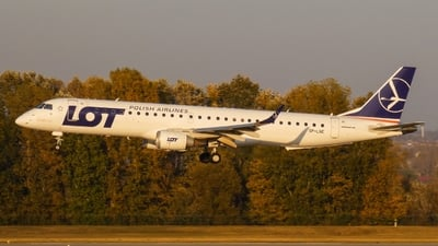 SP-LNE - Embraer 190-200LR - LOT Polish Airlines