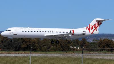 A picture of VHFZI - Fokker 100 - Virgin Australia - © Robbie Mathieson
